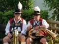 Gemütlichkeit vor der Aufmarsch zum Volksfest Olching